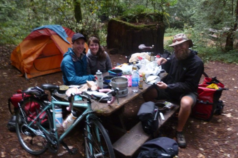 eating dinner with other cycle tourers