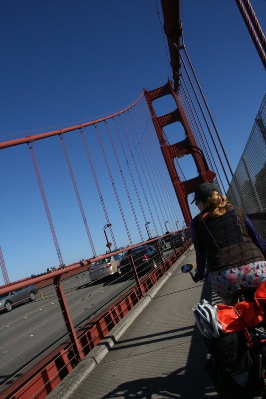 cycling over the golden gate bridge