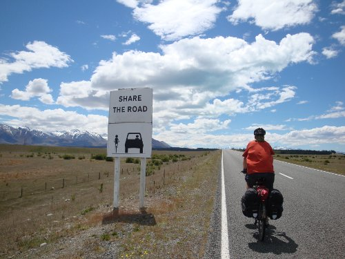 cycling in new zealand give cyclist room share the road